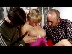 สาวไร้เดียงสาโดนฝรั่ง2คนหลอกพามาเข้าโรงแรม ถูกรุมเย็ดหียับ ตัวเล็กหุ่นเพรียว น่าสางสารจุง อิอิ