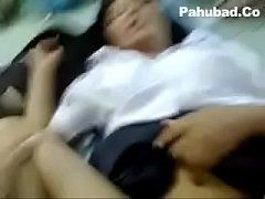 xxxหลุดนักเรียน คลิปสุดฉาวเด็กสาวนักเรียนม.ปลายโดนเพื่อนผู้ชายหลอกพาไปฟันเย็ดสดน้ำแตกเต็มพุง