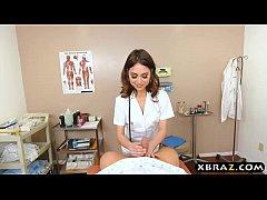 หนังโป๊ค่ะ สาวฝรั่งสาวสวยน่าตาน่าเย็ดเเต่งชุดพยาบาลมาให้แฟนเย็ดหี