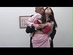 หนังxxx เจ้านายข่มขื่นลูกน้อง  ไอ้โล้นบ้ากามจับเลขาสาวสวยทำเมียข่มขื่นในห้องทำงาน
