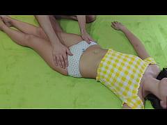 ดูหนังโป๊ บุกห้องนอนลักหลับสาวข้างบ้านจับแหวกกางเกงในเย็ดสดแตกใน