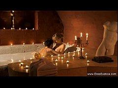 เปิดห้องเย็ดหีสาวสวย เย็ดหีในอ่างอาบน้ำต่อด้วยมาเย็ดบนเตียงขย้ำนมอย่างเด็ด